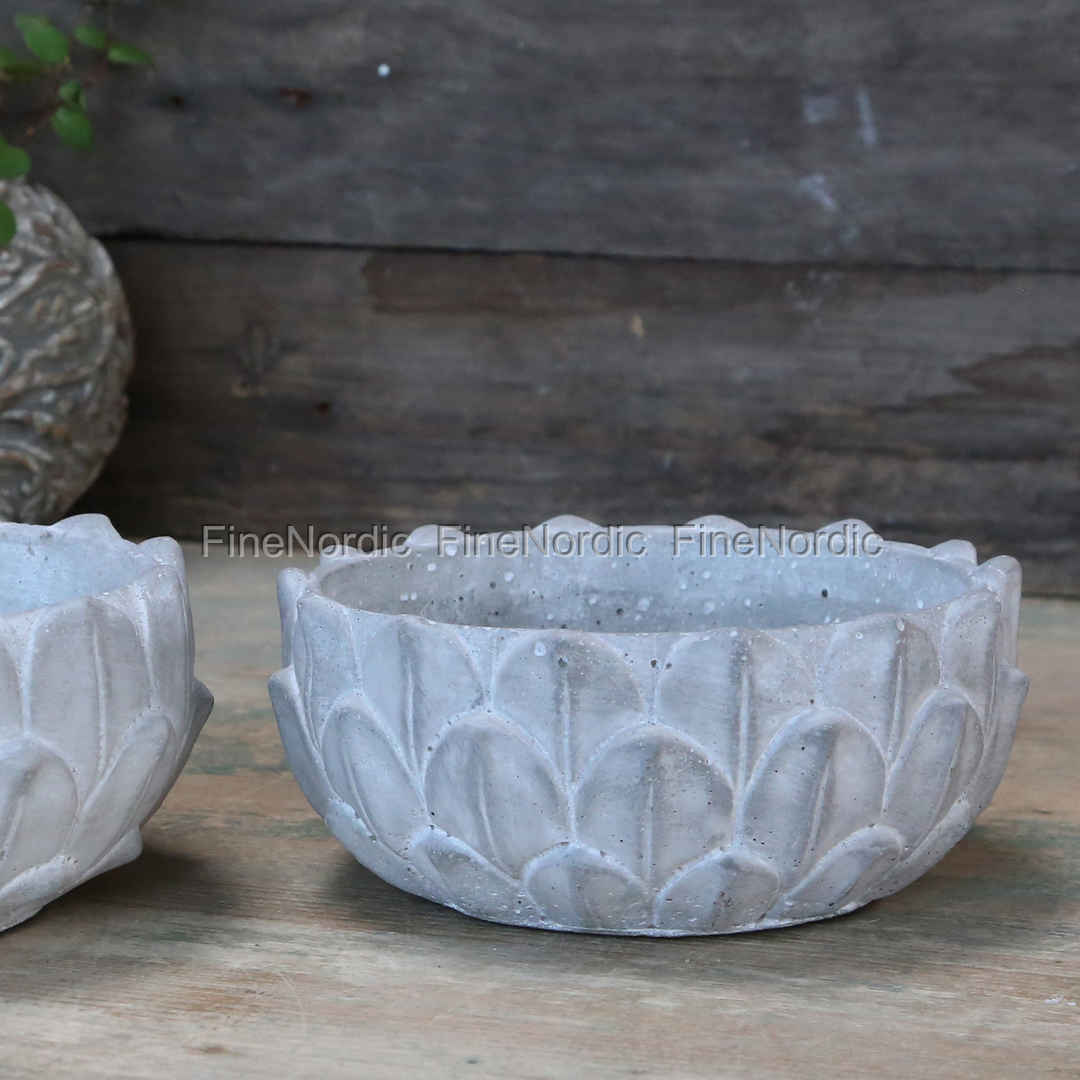 Chic Antique Flower Bowl With Lotus Leaves French Grey