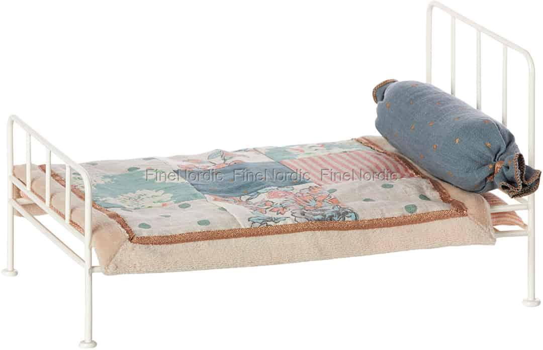 Maileg Vintage Bett Metallbett f/ür M/äuse Mini Off White Weiss